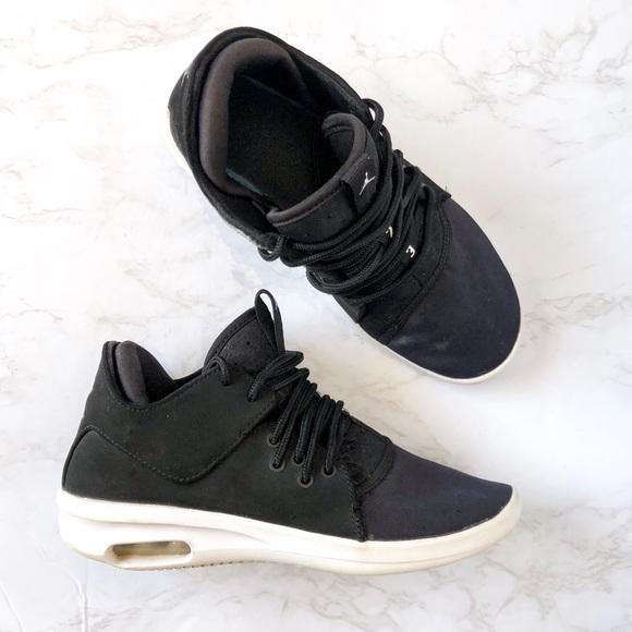 timeless design cec72 5d0d5 Nike Air Jordan First Class Black